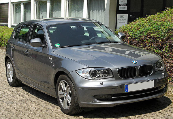 BMW_118d__E87__Facelift_front_20100711