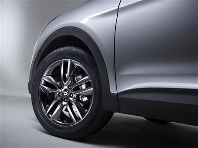 the-all-new-santa-fe-19-inch-aluminum-wheel