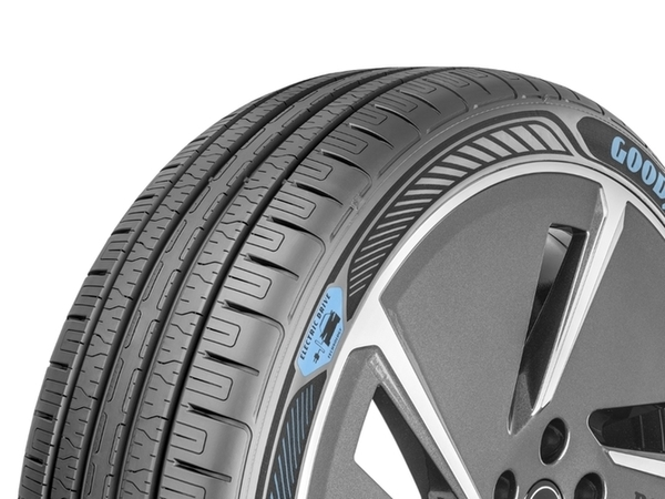 Goodyear_EfficientGrip_Electric_Drive