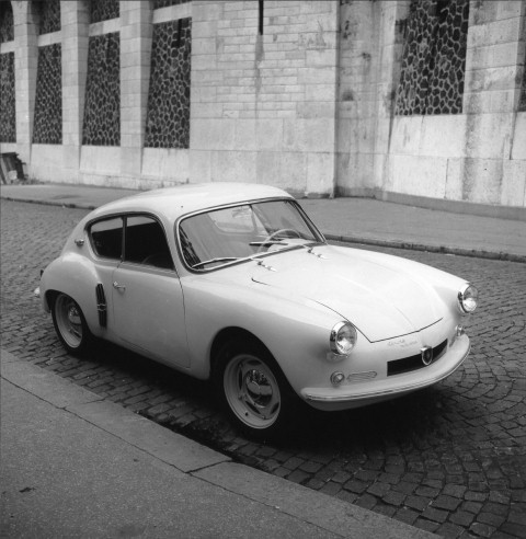 Renault_146_global_en__Small_
