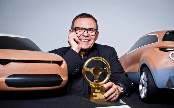 Golden_Steering_Wheel_Peter_Schreyer_1__Large_