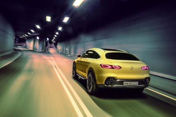 Mercedes-Benz_GLC_Coupe__13_